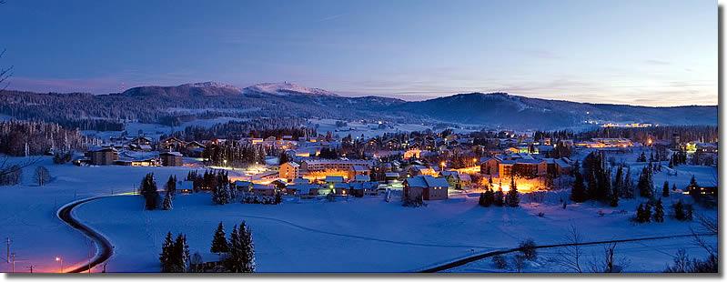 Les rousses hiver vacances arts guides voyages for Piscine les rousses